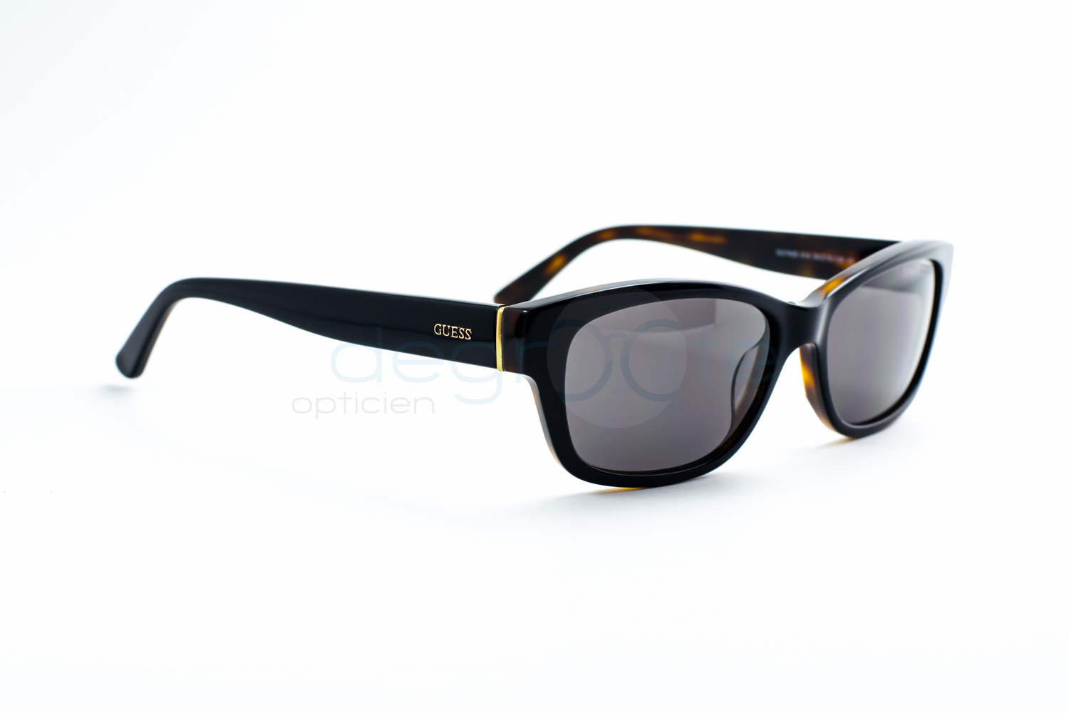 GUESS Solaires collection 2016   Opticien Degroote 0dd8c643cf09