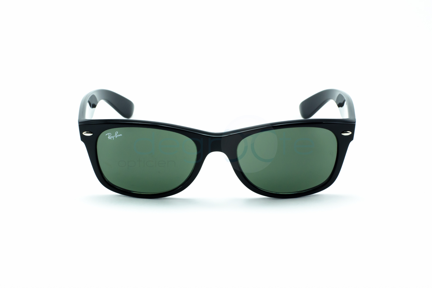 Ray-Ban Wayfarer sunglasses have been manufactured by Ray-Ban since , which in turn has belonged to the Italian Luxottica Group since Wayfarers enjoyed early popularity in the s and s, returning to popularity again after a product .